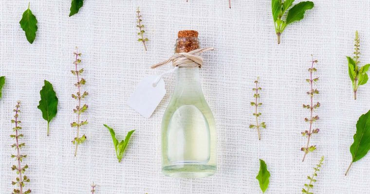10 botanical oils that are good for your skin