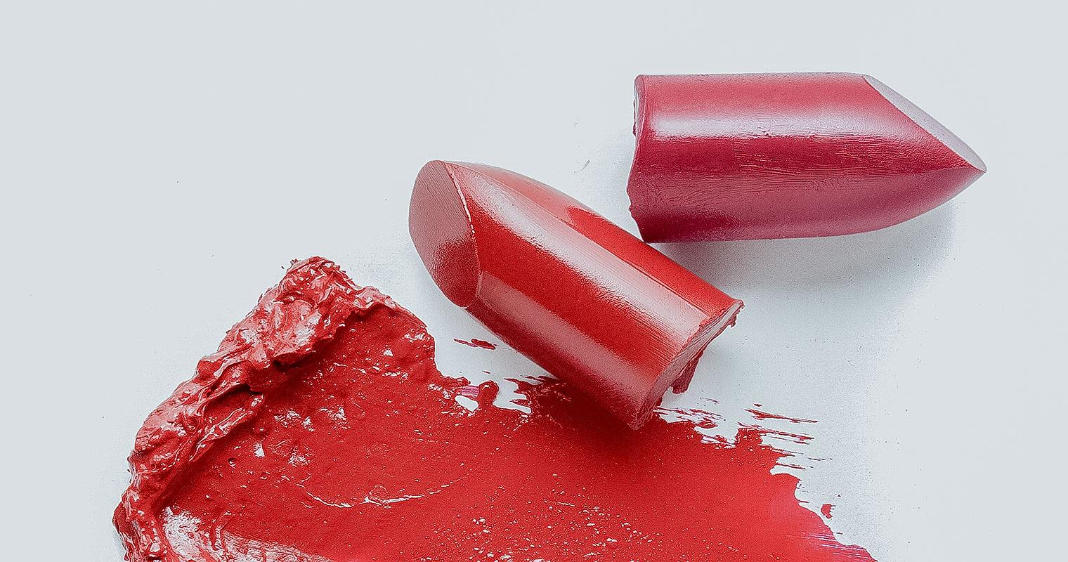 makeup containing ingredient harmful to skin flora